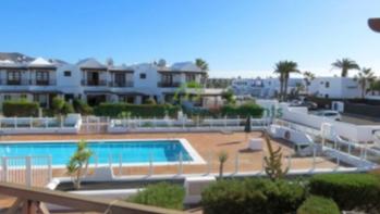3 Bedroom Duplex in Playa Blanca with communal pool