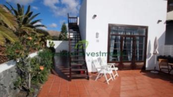 Stunning 2 bedroom house in the prestigious resort of Puerto Calero
