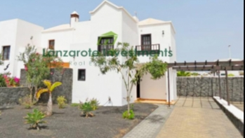 Newly refurbed villa with private pool in Playa Blanca