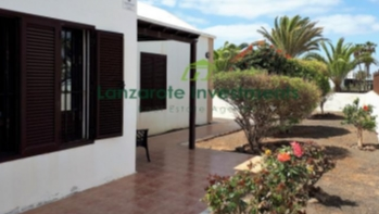 3 Bedroom Detached Villa With Spacious Terrace For Sale in Matagorda