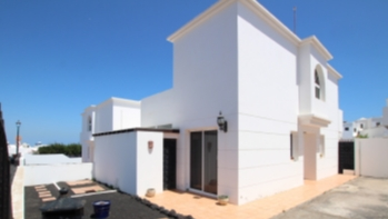 3 bedroom 3 bathroom detached house for sale in central Tias