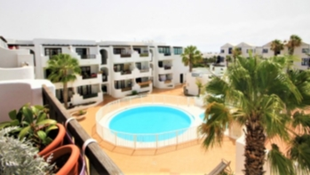 2 Bedroom apartment close to the beach for sale in Costa Teguise