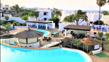 1 Bedroom apartment with stunning views for sale in Playa Bastian, Costa Teguise