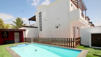 A fantastic detached villa with a private swimming pool and stunning gardens