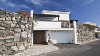 3 Schlafzimmer Villen mit privatem Pool und Garage zum Verkauf in Playa Blanca