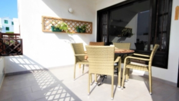 Opportunity! 1 bedroom ground floor apartment for sale in Playa Bastian Costa Teguise