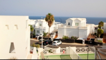 Studio apartment with great sea views for sale in the Old Town of Puerto Del Carmen