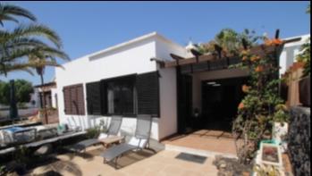 Exclusive! Beautiful 2 bedroom bungalow for sale in Matagorda
