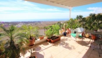 Unique 2 bedroom villa with breathtaking views for sale in La Asomada