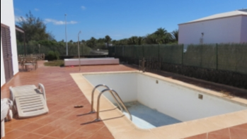 Villa with private pool close to the beach in Montaña Roja, Playa Blanca