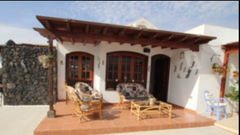3 Bedroom villa ideally located in a sought after area of Puerto Del Carmen