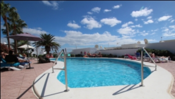Spacious 2 bedroom apartment in a pristine complex in Puerto del Carmen
