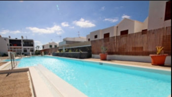 2 Bedroom top floor apartment in central Puerto del Carmen