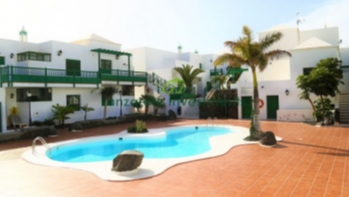 Spacious 2 bedroom apartment for sale in Costa Teguise