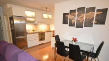Refurbished 2 bedroom apartment for sale in Playa Honda