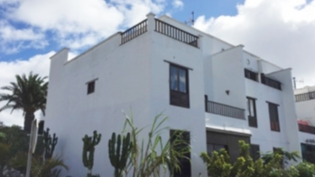 Spacious 3 bedroom 2 bathroom apartment for sale in Tias