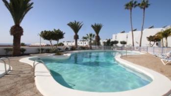 Beautiful top floor apartment with sea views in Puerto del Carmen
