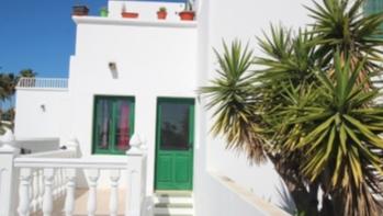 Helle und geräumige 2-Zimmer-Wohnung in Puerto del Carmen