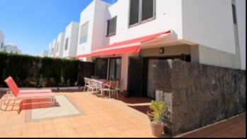 Immaculate 3 Bedroom House with private roof terrace in Costa Teguise