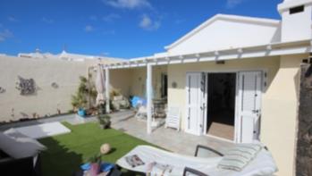 Beautiful 3 bedroom 2 bathroom bungalow for sale in Puerto del Carmen