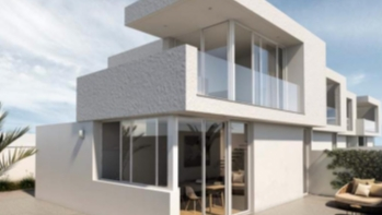 New builds! 3 Bedroom 2 bathroom duplex with private garden in Puerto del Carmen