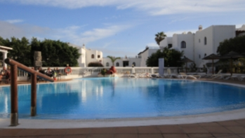 1 Bedroom apartment with communal pool for sale in Costa Teguise