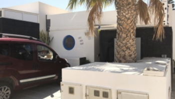 2 Bedroom bungalow with private terrace for sale in Playa Blanca