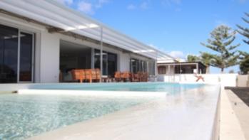 4 Bedroom 2 bathroom impressive villa for sale in El Cable