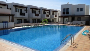 Exclusive! 3 Bedroom 2 bathroom villa with communal pool in Puerto Calero