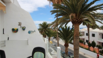 Top floor 1 bedroom apartment with partial sea views in Puerto del Carmen