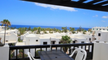 Top floor apartment with incredible sea views in Playa Bastian, Costa Teguise