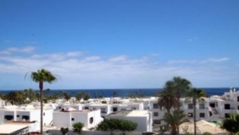 A Perfectly located apartment with amazing sea views in Puerto del Carmen