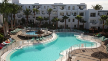Refurbished 1 bedrom apartment in secure, gated complex in Puerto Del Carmen