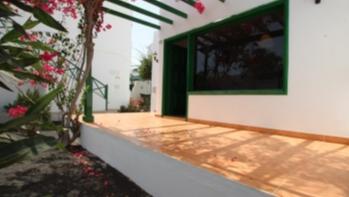Fully refurbished ground floor 1 bedroom apartment in Puerto Del Carmen