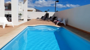 Spectacular 2 bedroom villa with private pool and terrace in Playa Blanca