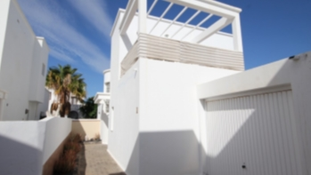 Detached 3 bedroom villa with private Pool in Costa Teguise