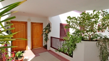 3 Bedroom apartment currently used as a consulting Clinic in Arrecife