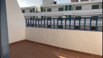 Top floor 1 bedroom apartment close to the beach in Puerto del Carmen