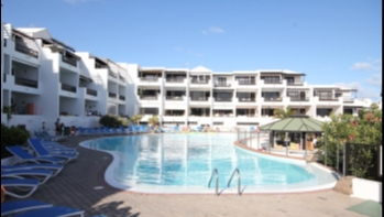 Nice ground floor apartment for sale in Playa Bastian