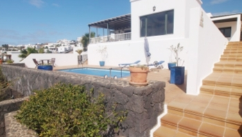 Three bedroom detached villa with stunning sea views in Tias