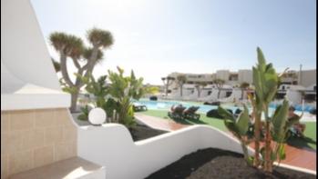 Refurbished duplex in frontline Resort for sale in Costa Teguise