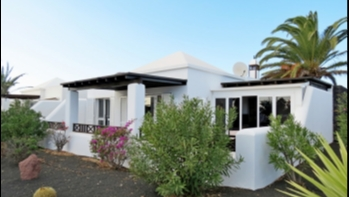 Exclusive! Immaculate villa for sale on Carlos Park, Playa Blanca!
