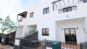 Well presented 3 bedroom 2 bathroom terraced house for sale in Tias