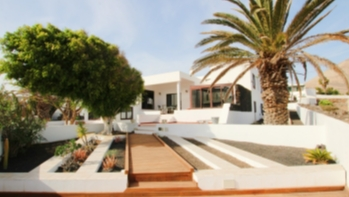 Detached 5 bedroom villa with sea views for sale in Tias