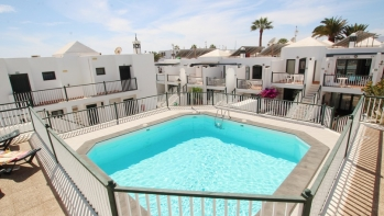 Lovely 2 bedroom apartment with amazing sea views in Puerto del Carmen