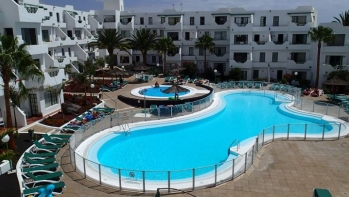 1 Bedroom first floor apartment located in a gated complex in Puerto Del Carmen