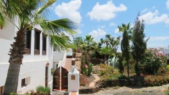 A unique 5 bedroom canarian villa with impressive sea & mountain views in Playa Blanca