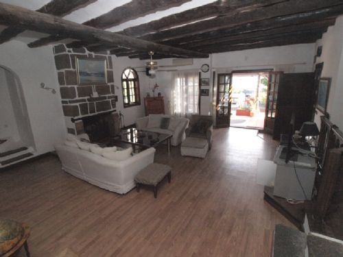 3 Bedroom Finca with separate apartment - Macher