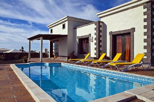 2/3 bedroom villas, Faro Park, Playa Blanca