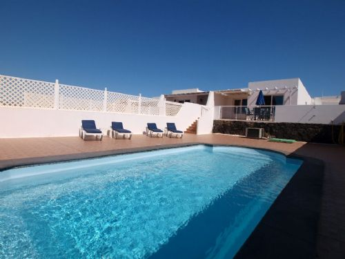 Villa with pool and sea view in Puerto del Carmen